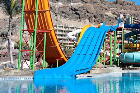 multipistas_descenso_parque-acuatico-gran-canaria-lago-taurito