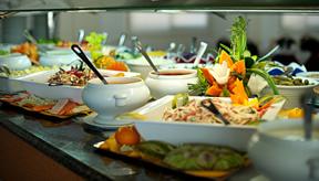 restaurante-buffet-parque-acuatico-lago-taurito